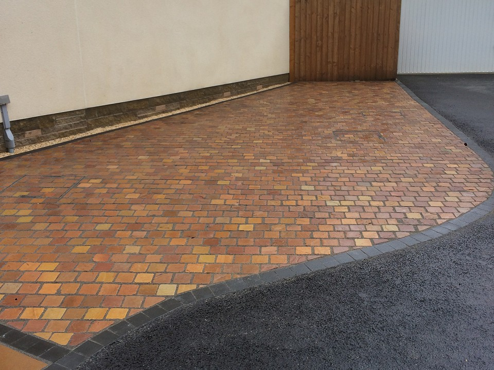 Driveways by Blue Sky Gardens, Cheshire